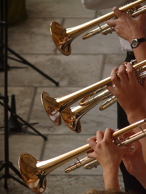 Trumpet-band-image-from-the-public-domain